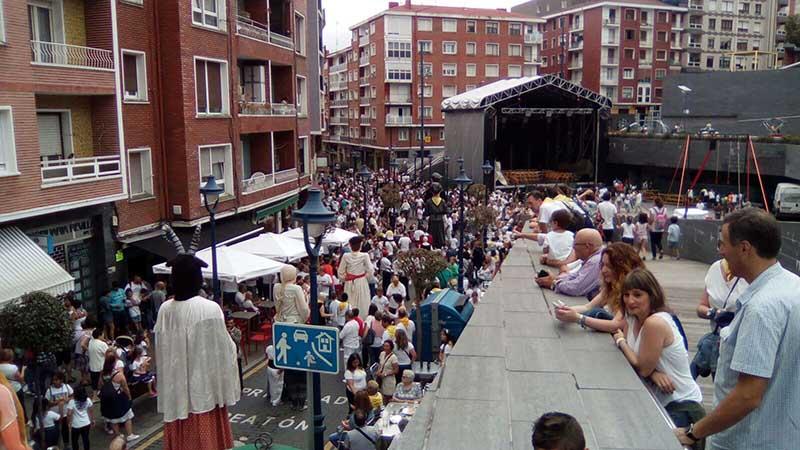 escenario montaketak calle