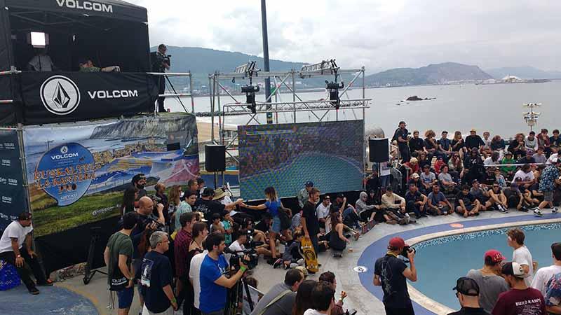 escenario after skate music